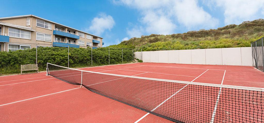 Tennisbaan Strandhotel Seeduyn op Vlieland - Westcord Hotels