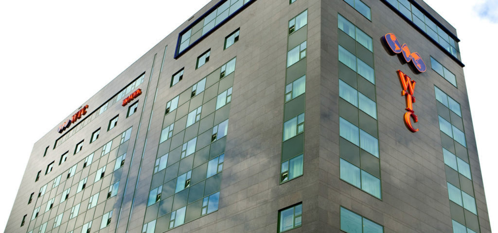 Buitenaanzicht WTC Hotel Leeuwarden - Westcord Hotels