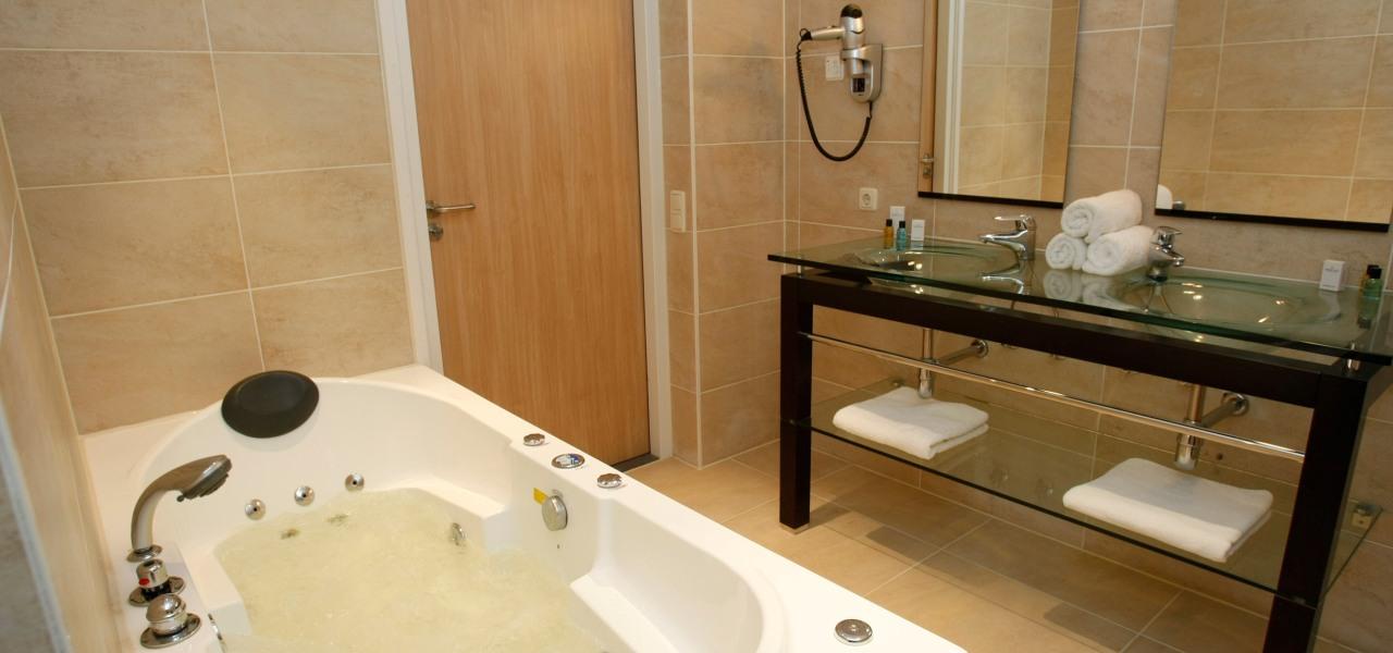 SHS – Deluxe Room Sea Side (EN) - WestCord Hotels
