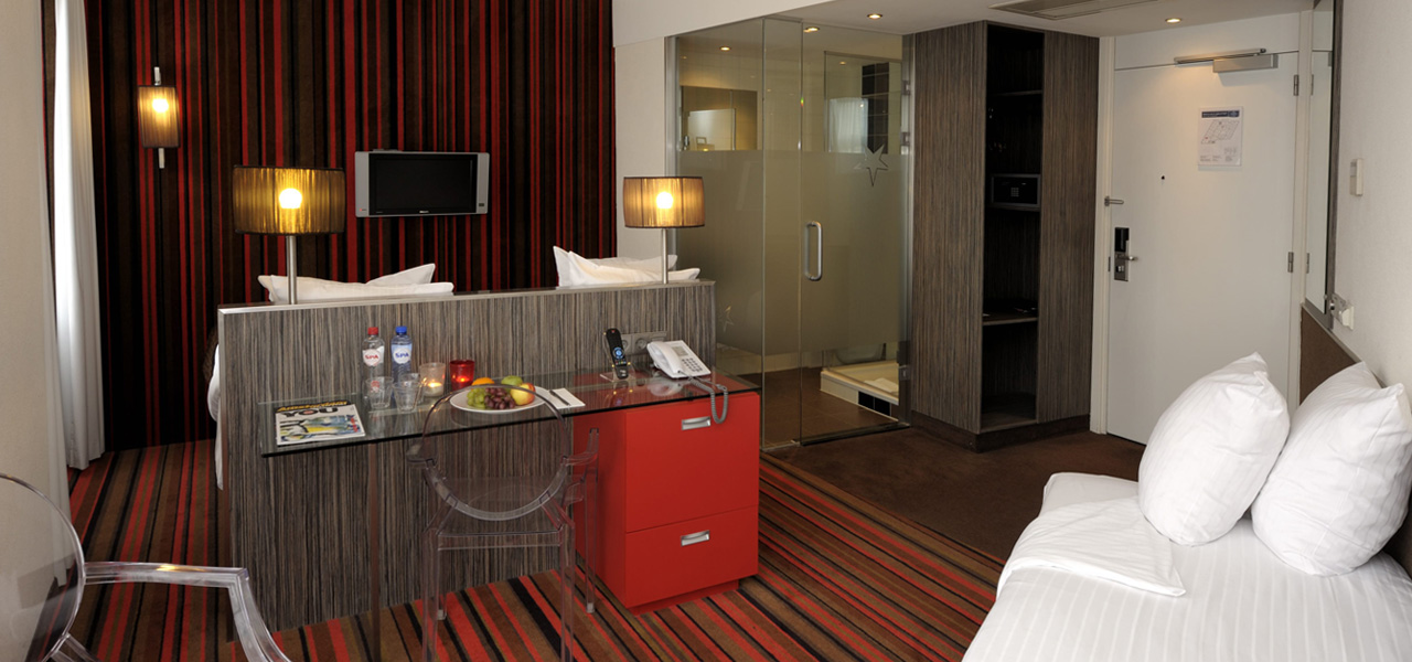Triple Room with city view - WestCord Hotels