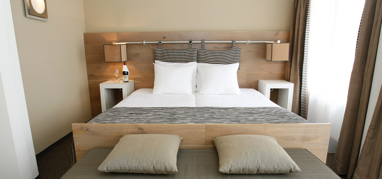 Superior Room Sea/Land Side Balcony - WestCord Hotels