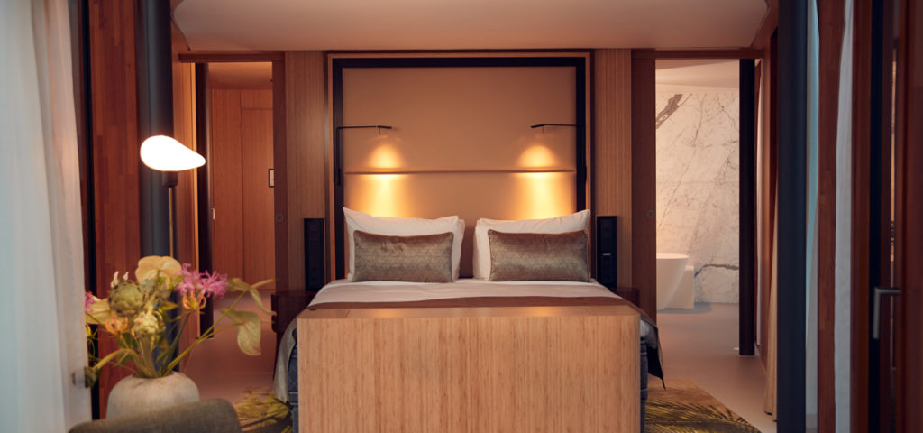 hotel-jakarta-amsterdam-wow-suite-room-kamer-westcord-hotels-1 - Westcord Hotels