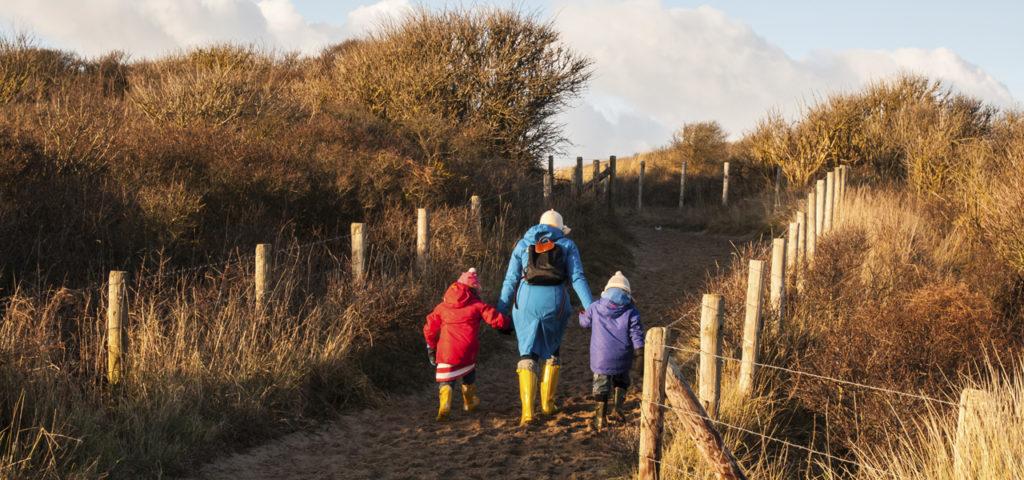 Wandelen door de duinen op Vlieland - Westcord Hotels
