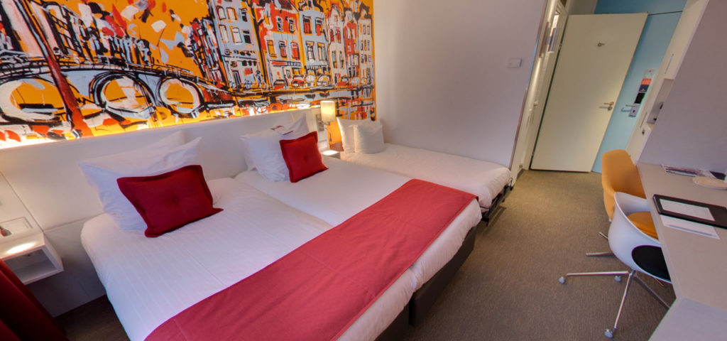 360º photo Triple Deluxe Room Art Hotel Amsterdam *** - Westcord Hotels