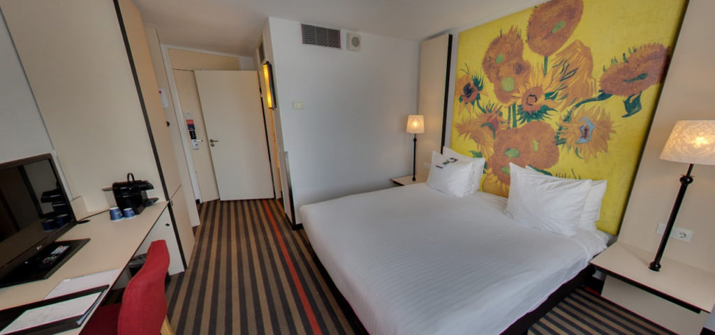 360º photo Twin/Double Deluxe Room Art Hotel Amsterdam *** - Westcord Hotels