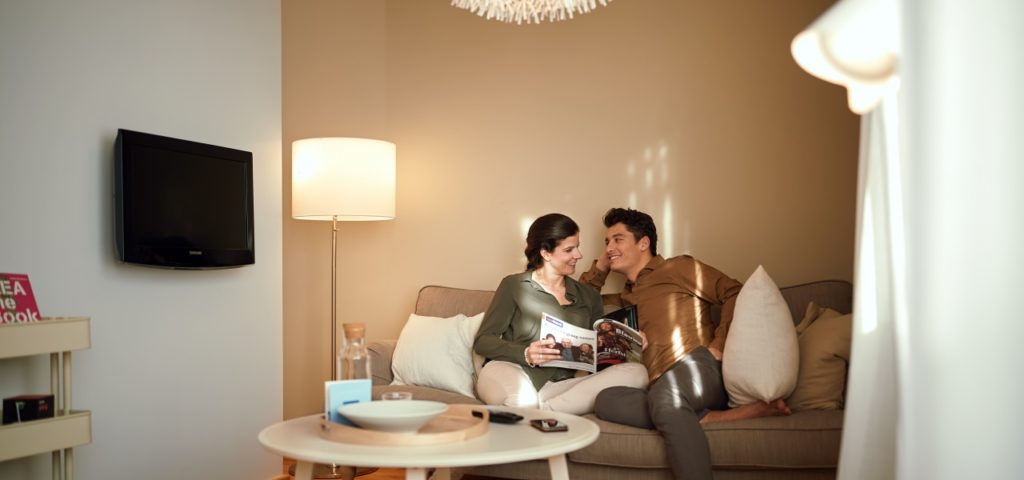 Hotel Delft - Studio- Familiekamer - Bank - Westcord Hotels