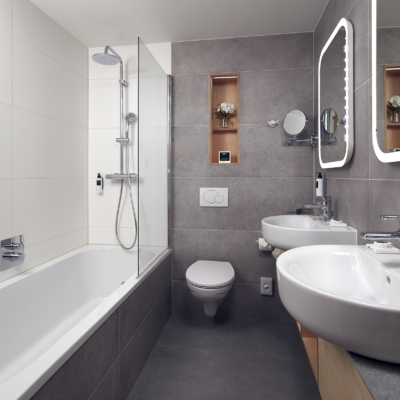 westcord-hotel-delft-room-comfort-plus-bathroom