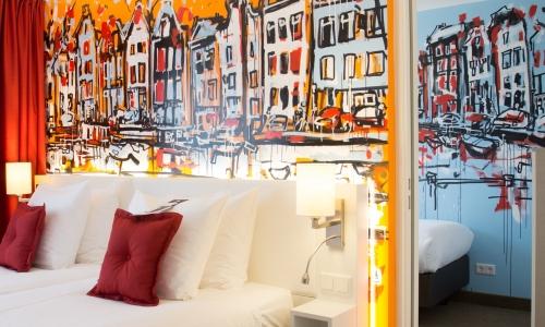 4 pers. room, 2 rooms en suite Art Hotel Amsterdam