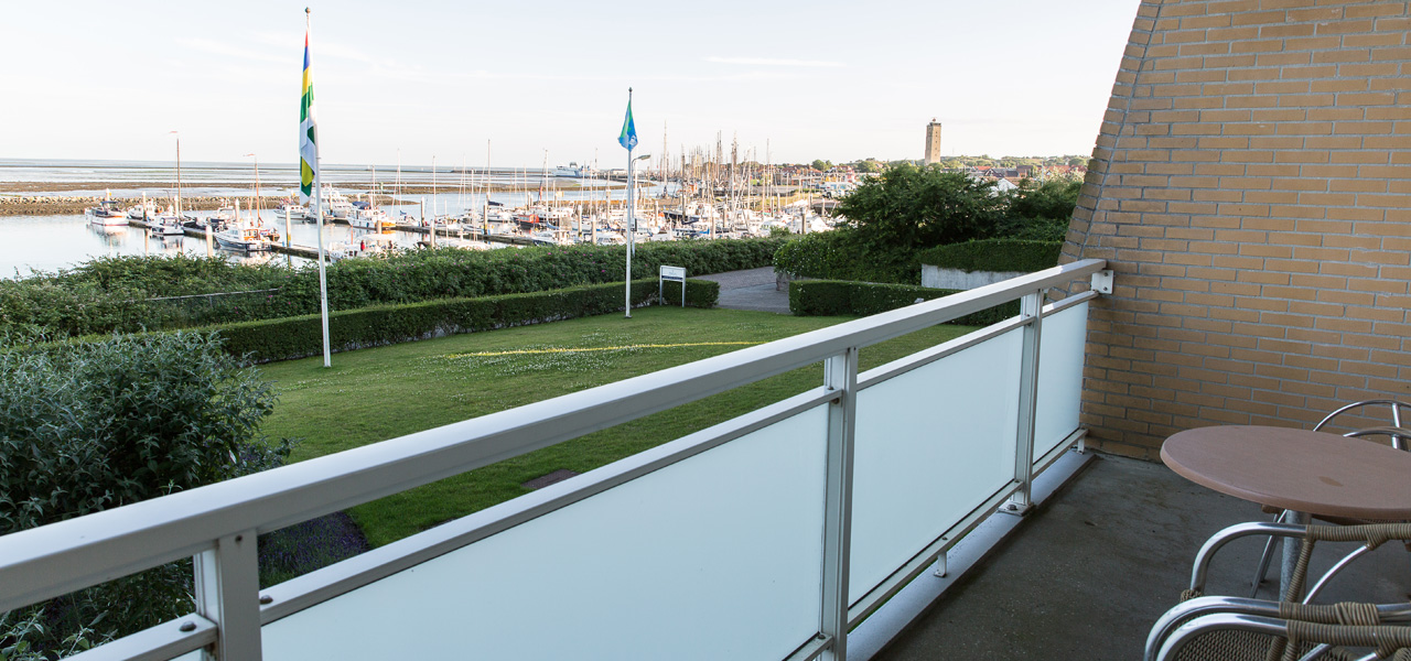westcord-hotel-schylge-terschelling-familiesuite-balkon-1