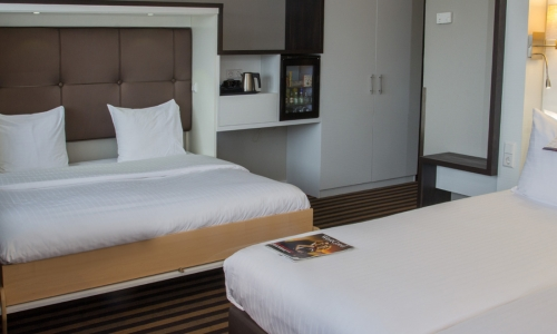 xl-triple-kamer-art4-hotel-amsterdam