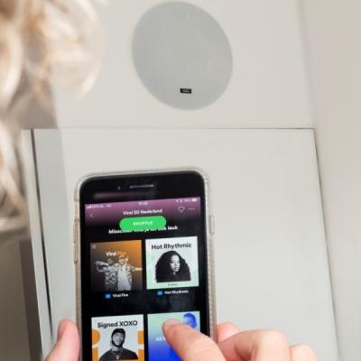 Dampf Speaker Comfort Deluxe Room - Hotel Delft